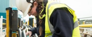 Off-the-job-training must be taken seriously to equip young apprentices for the 21st century workplace