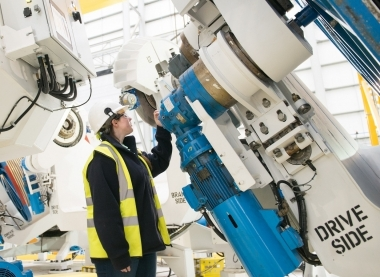 Wider approach needed to encourage more female engineering apprentices